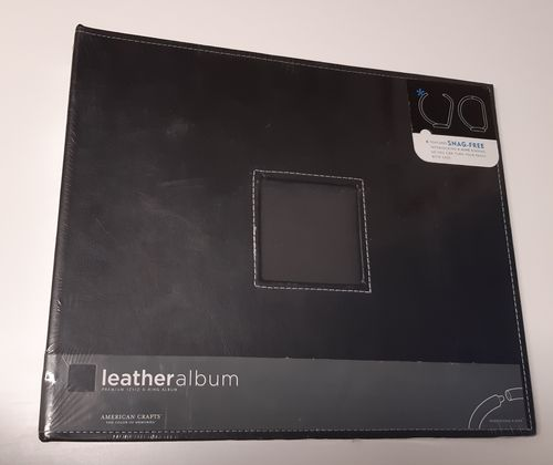 "12"" D-ring album, black leather"